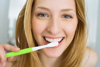 お風呂で歯磨き