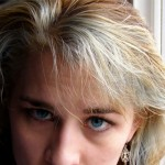 白髪や薄毛の進行を止める!頭皮の若返り法って?