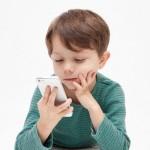 【子供のスマートフォン使用】脳への影響や危険性は?