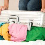 靴や化粧品などスーツケースの中身を減らす収納方法
