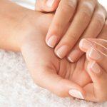 爪の色や線で分かる?病気の症状と健康状態