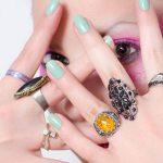 指輪をつける指ごとの意味やジンクスは?