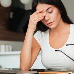 【目が痛い】眼精疲労の症状と治し方