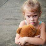 アスペルガー症候群の特徴や対応法を解説