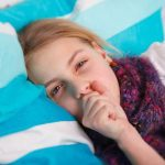 【若者層に増加中】マイコプラズマ肺炎の原因など