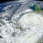 台風の目とは?台風の目の中は晴れている?
